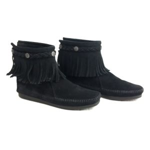 Minnetonka Back Zip Fringe Booties Black 8